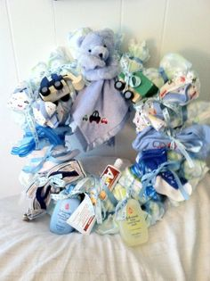 Diaper wreath - if I ever throw a baby shower :-)