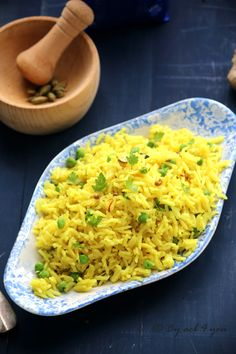 Basmati rice cooked in the Indian style Rice Recipes, Indian Food Recipes, Asian Recipes, Healthy Recipes, Ethnic Recipes, Biryani, Polenta, Vegan Mushroom Pasta, Lemon Butter Chicken