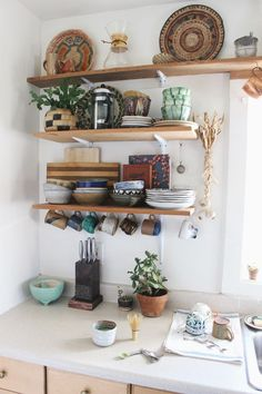Jungalow® by Justina Blakeney is the one-stop-shop for bohemian-modern home decor + all things all things colorful, patternful +jungalicious. Boho Kitchen, New Kitchen, Kitchen Decor, Kitchen Design, Rustic Kitchen, Funny Kitchen, Kitchen Interior, Sweet Home, Cozy House