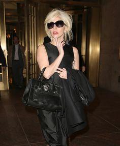 Célébrités * Lady Gaga * Versace Medusa sac