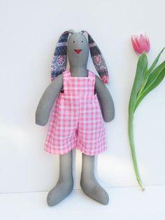 Easter bunny doll stuffed bunny #stuffebunny #Easter #Easterbunny gray and pink by #HappyDollsByLesya