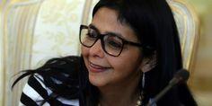 """Delcy Rodríguez deja Cancillería: """"Misión cumplida!"""", dijo Maduro"""