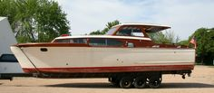 Chris Craft 1953 Commander, 35'