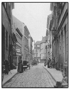 BERLIN um 1900, Cöllnische Gasse, Blick auf den Inselspeicher, Photo: Heinrich Zille