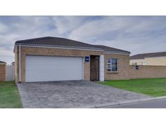 17 Properties and Homes For Sale in Kraaifontein, Western Cape 3 Bedroom House, Property For Sale, Garage Doors, Real Estate, Group, Outdoor Decor, Home Decor, Decoration Home, Room Decor