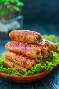 Seekh Kabab - Kebabs on Skewers - Fun Love and Cooking Seekh Kebab Recipes, Tandoori Recipes, Skewer Recipes, Veg Recipes, Grilling Recipes, Indian Food Recipes, Cooking Recipes, Seekh Kebabs, Chicken Kebab Recipe Skewers