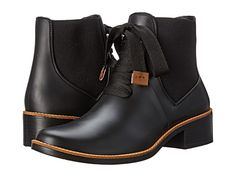 Bernardo Lacey Rain Boots.These are the cutest rainboots I've ever seen!