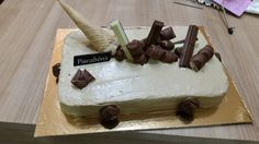 Sims Cake Shop: 8 Anos