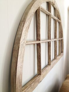 Possible headboard or mirror Church Windows, Old Windows, Old Churches, Window Ideas, Headboards, Living Room Interior, Dom, Rustic Style, Masters