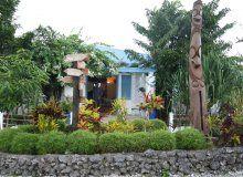 Benjor Beach Club - Front Garden - Holiday Resort Vanuatu
