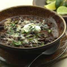 Slow-Cooker Black Bean-Mushroom Chili Recipe by EatingWell