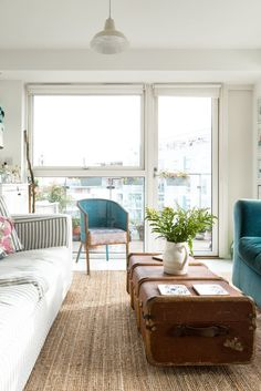 Name: Katy and Jules and their dog, Otto Location: Bermondsey — London, UK Size: 749 square feet Years lived in: 5 1/2 years; Owned This new-build apartment in London, just south of the river, is home to interiors blogger Katy Orme, her partner Jules, and their (adorable!) Golden Retriever, Otto. Katy, who writes the award-winning blog Apartment Apothecary, loves to showcase creative, budget-friendly ideas for crafts, interior styling, and decoration projects to help people's homes look and…