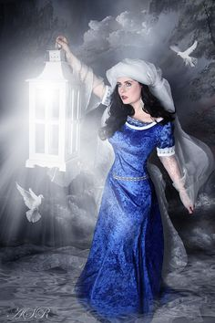 elven dress Arwen medieval fantasy LOTR wedding by Gewandfantasien, €230.00