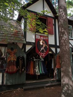 Moresca - apparel fit for a king or queen at King Richard's Faire 2012