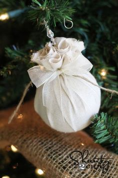 revamp your outdated christmas ornaments easy, christmas decorations, seasonal holiday decor, DIY Christmas Ornament