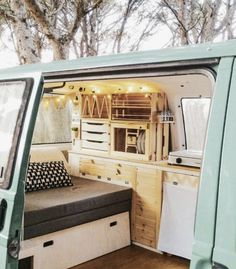 from nafradavan if you want to get inspired Living Van Life Use to get featured T4 Camper Interior Ideas, T3 Vw, Converted Vans, Kombi Home, Camper Van Conversion Diy, Van Conversion Interior, Van Home, Bus Life, Station Wagon
