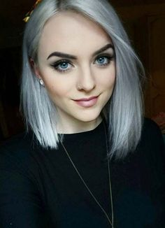 Short Hairstyles for Women with Thin/ Fine Hair: Gray Bob #thinhair shorthairstyles #finehair