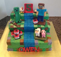 Mine craft cake - buttercream w fondant accents.