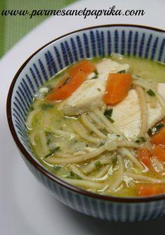Soupe de Poulet au Curry et aux Nouilles