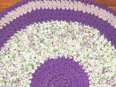 "Hand Made Crochet Rag Rug ~NEW 32"" Round Lilac & Lavender Floral Shabby Country!"