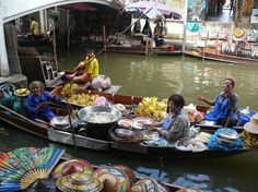 The ladies of the Floating Market in selling their delicious food! Floating Market Bangkok, Bangkok Photos, Photo Essay, Travel Photographer, Delicious Food, Exploring, Dreaming Of You, Thailand, Marketing