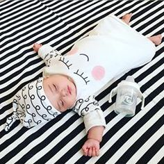 """Good night all! 💤 💤💤 We love @twistshakebaby and I'm sure you will love it too, so take advantage of this promotion: """"NEON BLOWOUT – GET 40% OFF!!! 😲 Neon collection will be replace by the new pastel collection so @twistshakebaby are having a massive blowout on all NEON COLORS 😱 I got the chance to offer you a discount code with 40 % off Applies to all NEON PRODUCTS! 💫 💫 So hurry use code at checkout: vicooli20, only applies for as long as supplies last 🙈 Direct link to the shop in…"""