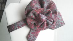Dress it up with the trendy red and gray collar created from a tie. The perfect accessory for any outfit. by BeansOneOfAKind on Etsy