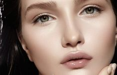 Το καλύτερο λάδι ματιών για τις βαθιές ρυτίδες. | Μυστικά ομορφιάς | mystikaomorfias.gr Facial, Hair, Facial Care, Face Care, California Hair