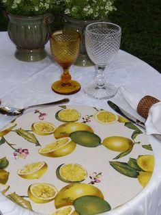 Decore sua mesa com charme e bom gosto