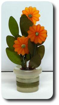 Flower pot made from buttons