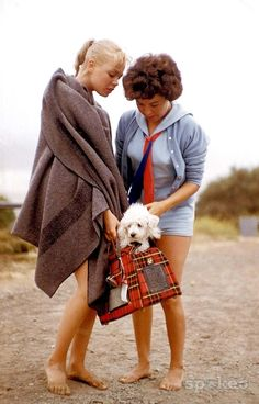 Sandra Dee and her mom with Sandy's little white poodle on Leo Carrillo Beach during shooting for Gidget (1959)