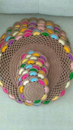 Crochet Placemats, Crochet Doilies, Crochet Flowers, Easy Crochet, Nifty Crafts, Coaster Design, Napkins Set, Soft Furnishings, Tea Party