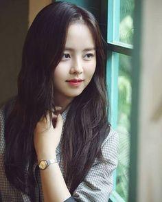 kim so hyun pics ( Child Actresses, Korean Actresses, Korean Actors, Cute Korean Girl, Asian Girl, Korean Beauty, Asian Beauty, Kim So Hyun Fashion, Kim Sohyun