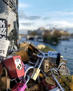 Love locks #paris #love #parisphotographer #loveyou