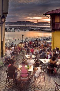 Gijón-Xixón Asturias. La cuesta del cholo. Pineado por Social Izan, agencia de Marketing Digital y Posicionamiento Web en Asturias. Especialistas en presencia Online y Marketing Social