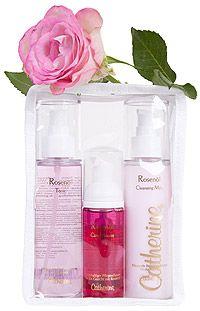 Cleansing Milk, Tonic und Care Mousse - das optimale Trio für die Reinigung und Pflege von Gesicht, Hals und Dekolleté. Perfekt aufeinander abgestimmt gibt Skin Care rose spürbare Frische.