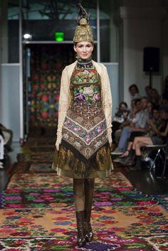 Die 57 Besten Bilder Von Susanne Bisovsky Folk Fashion Russian