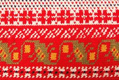 Traditional Finnish tapestry crocheting. Suomen käsityön museo, Liisa Korhonen