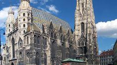 Catedrala Sfantul Stefan, #Viena, Austria  23 de poze cu cele mai frumoase biserici si temple din lume.  Vezi mai multe poze pe www.ghiduri-turistice.info  Sursa : www.pinterest.com/pin/17451517276021813/