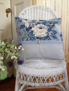 Sewing Pillows White Wicker Chair with Blue Toile Pillow - French country design and decor ideas can incorporate both new objects as well as antique or repurposed vintage items. Find the best ideas!