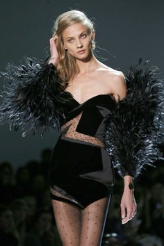 Alexandre Vauthier Spring-Summer 2017 Paris Fashion Week - Anna Selezneva