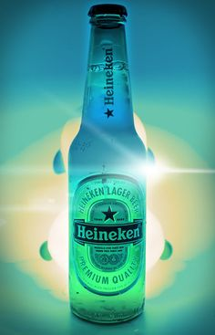 Heineken Cool Nike Wallpapers, Star Outline, Flyer Design Inspiration, Lager Beer, Beer Pong, Cool Wallpaper, Whisky, Water Bottle, Glass Photography