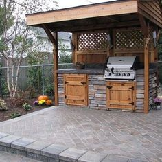 Humble TX outdoor kitchens come in many shapes, sizes, & price ranges. This is an example of what a homeowner on a budget in Humble TX was able to do. www.brickrepairma...