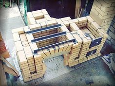 Building a brick oven-barbecue in stages Bbq Grill Diy, Barbecue Garden, Backyard Bbq, Outdoor Fireplace Plans, Outdoor Stove, Pizza Oven Outdoor, Design Barbecue, Brick Bbq, Outdoor Kitchen Design