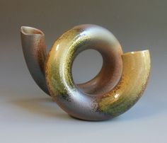 Japanese Ikebana vase, ceramic, at www.Jcollector.com