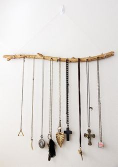 DIY Necklace  : DIY: Jewelry Display Branch