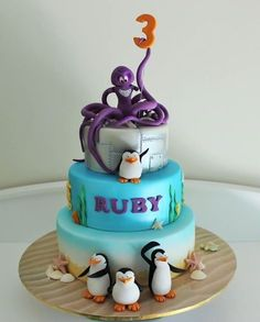 Penguins of Madagascar cake! This cake is awesome! Madagascar Cake, Penguins Of Madagascar, Cupcakes, Cupcake Cakes, Octopus Cake, Penguin Cakes, Cakes For Boys, Fancy Cakes, Love Cake