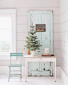 We have fake trees in our house. But I think this photo from @dreamywhiteslifestyle has me talked into at least one real tabletop tree!! Do you do real or fake trees for Christmas? by eighteen25girls