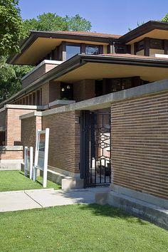 U.S. Frederick C. Robie House. Prairie Style. Hyde Park, Chicago IL 1909 // architect: Frank Lloyd Wright