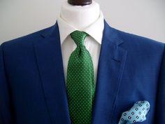 Abito blu cravatta verde independent